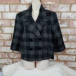 Quarter Sleeve Jacket